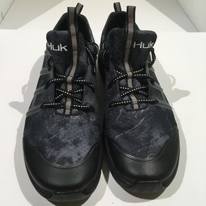 HUK Outrigger Performance Fishing Shoe Sz 10.5 NEW